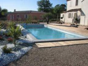 Fabricant piscine accessoires piscine pr s de tours for Accessoires piscine 54